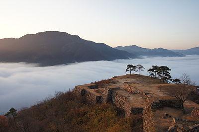 竹田城跡の駐車場情報&雲海が見れる2つのアクセス方法を紹介!