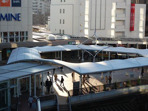 町田駅周辺の駐車場!無料・割引サービスのある駐車場11選!