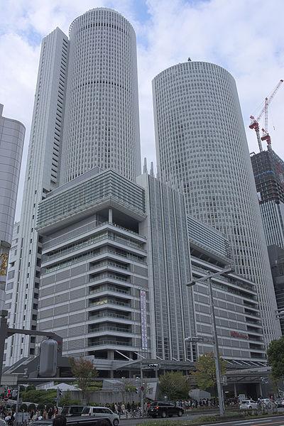 名古屋高島屋(タワーズ・ゲートタワー)の駐車場料金はいくら?