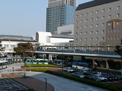 川崎駅周辺の駐車場の相場は?無料サービスのある駐車場も紹介!