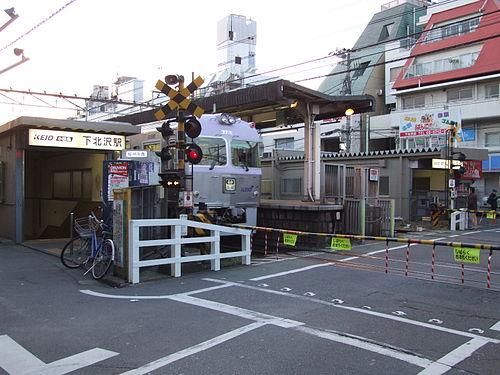 下北沢駅周辺の駐車場!最大料金1600円以下の安い駐車場5選!
