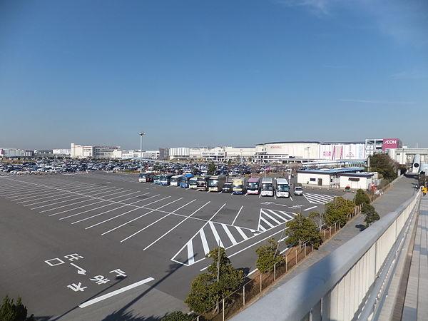 イオンモール幕張新都心のアクセス方法&駐車場料金は?