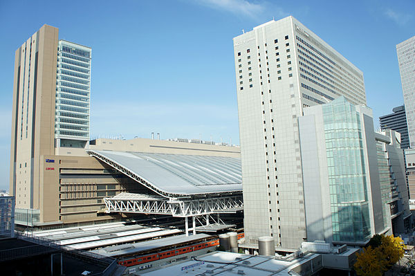 大阪ステーションシティの駐車場!行き方や料金割引は?