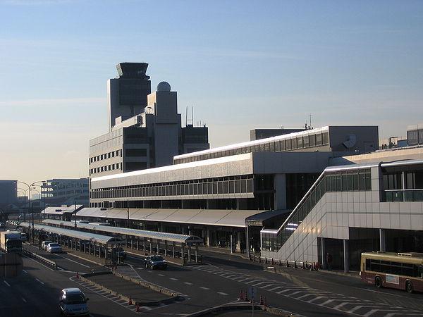 伊丹空港の駐車場とアクセス方法!予約・混雑状況や料金割引は?