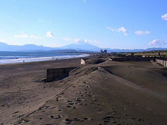 江ノ島のアクセス&周辺の駐車場!予約できる料金の安いとこは?