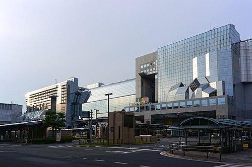 京都駅周辺の駐車場!予約できる料金の安い駐車場10選!