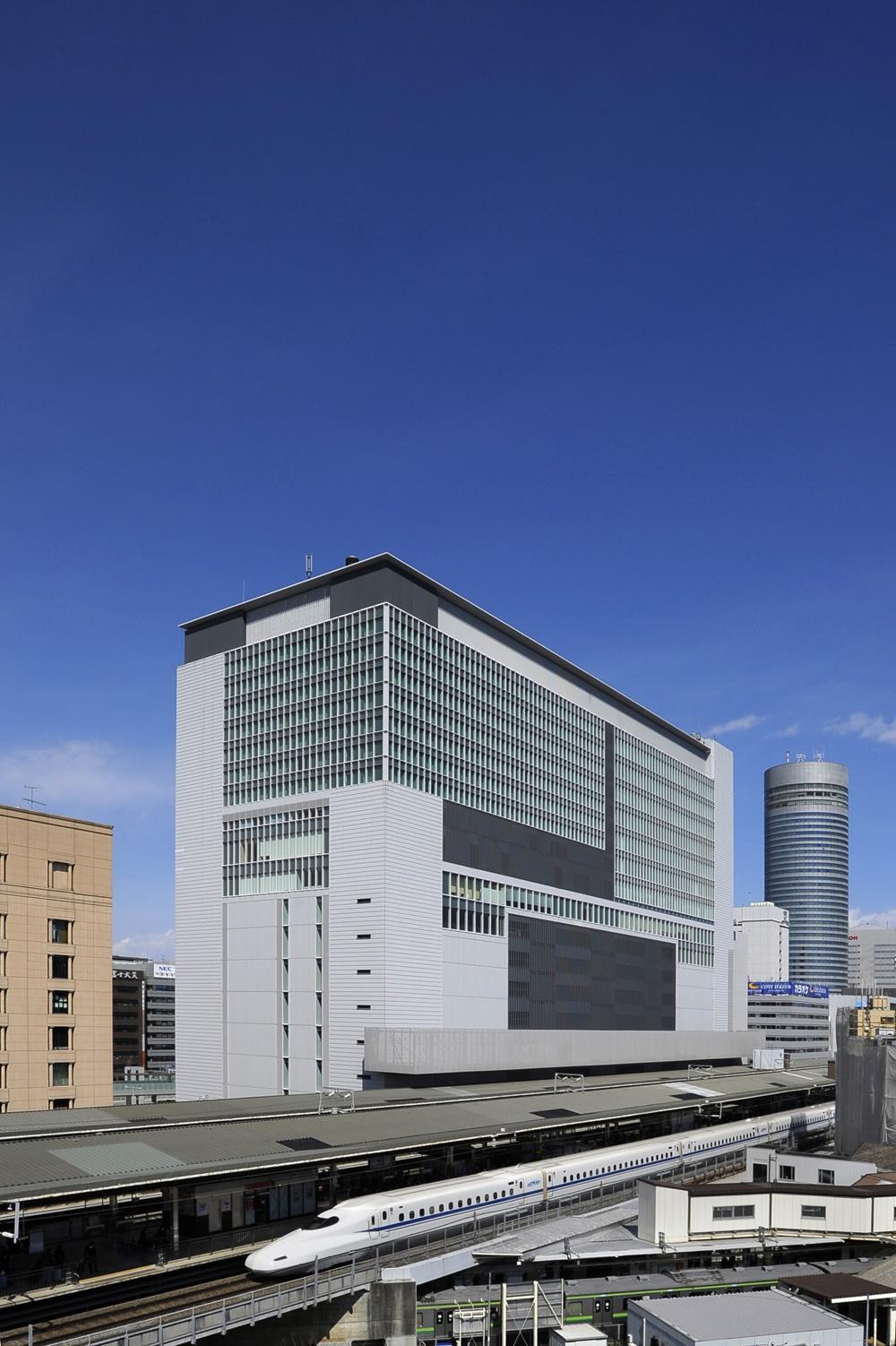 ホテルアソシア新横浜の駐車場!宿泊料金はいくら?