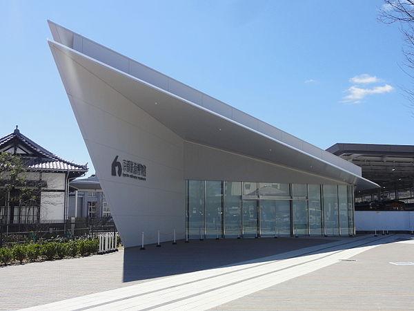 京都鉄道博物館のアクセス&周辺の駐車場!予約できる安いとこは?