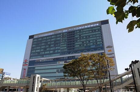 新横浜駅周辺の駐車場!予約できる1日料金の安い駐車場8選!