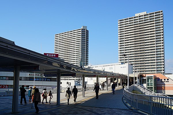 高槻駅周辺のおすすめ駐車場!予約はピージーがおすすめ!