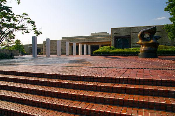 宮城県美術館のアクセス&駐車場!料金は無料?