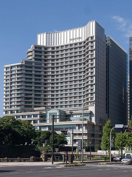 パレスホテル東京のアクセス&駐車場の料金は?無料割引はある?