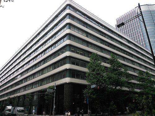 【丸の内】新東京ビルの駐車場の料金は?無料割引はある?