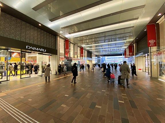 大丸東京店のアクセス&提携駐車場!料金や割引サービスは?